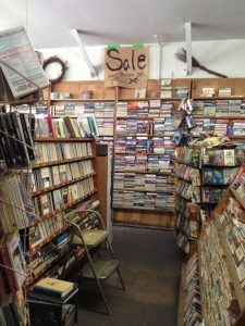Arts Book store